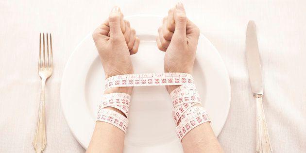 Disturbi alimentari: affrontare il nostro dolore per guarire e ritornare a