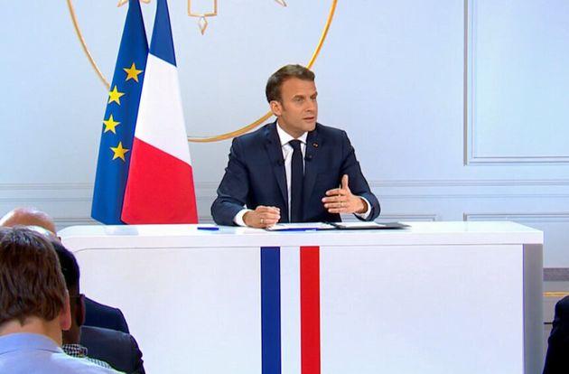 Emmanuel Macron a choisi, pour sa première grande conférence de presse, de faire son allocution...