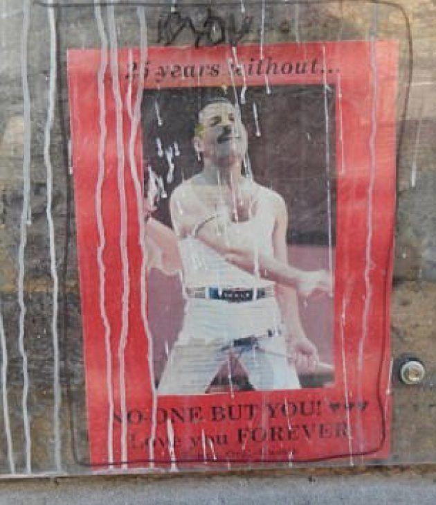 L'ex compagna del frontman dei Queen rimuove il santuario di Freddie realizzato dai fan davanti a Garden