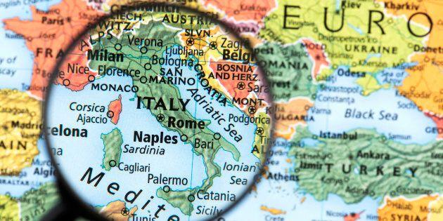 Redditi, lavoro, benessere: Italia divisa tra Nord delle imprese e Sud della spesa