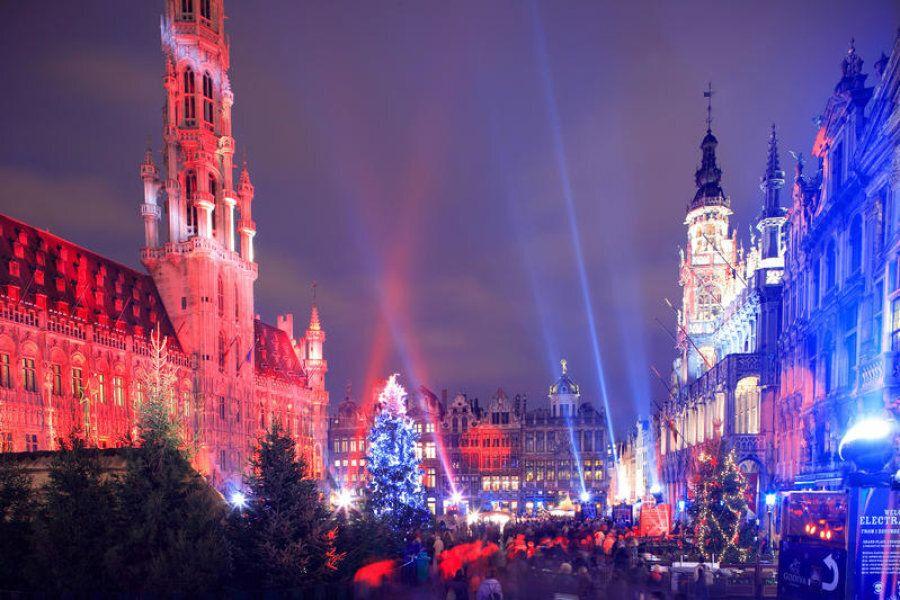 Volete scappare per Natale? Ecco 8 capitali europee a prezzi low