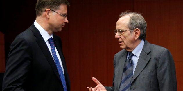 L'Ue chiede aggiustamenti al prossimo Governo. Buco da 3,5 miliardi, preoccupa il debito. Riesame in
