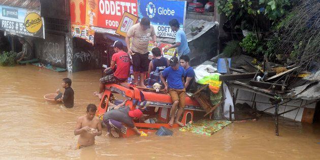 Filippine, a Mindanao tempesta tropicale: oltre 100