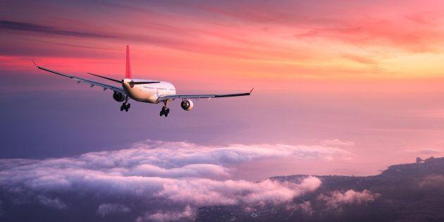 Perché, anche se gli aerei partono in ritardo, spesso arrivano comunque all'orario