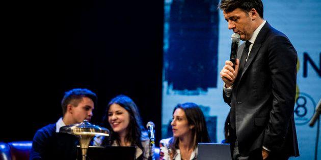 24/11/2017 Firenze, Matteo Renzi inaugura la Leopolda 8. Nella foto Matteo Renzi con i