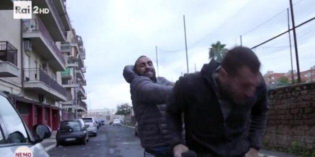 A Ostia si continua a sparare: esplosi cinque colpi contro la casa di un esponente degli