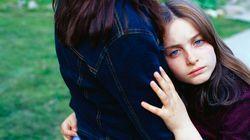 """I """"genitori elicottero"""" potrebbero essere i responsabili dei problemi di salute mentale dei nostri"""