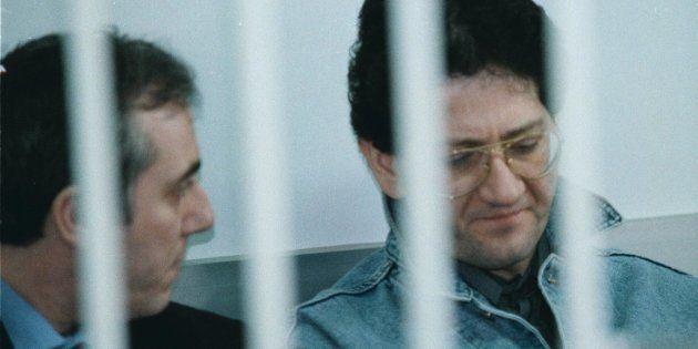 Uno Bianca, Fabio Savi e Roberto Savi insieme nel carcere di Bollate. L'ira dei parenti delle