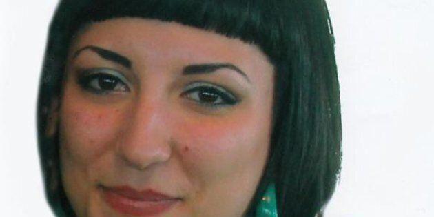 Michela, 22 anni, suicida per un video hard. Il bigliettino ritrovato vicino al corpo: