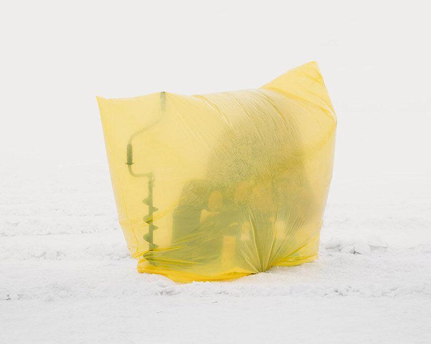 Quando il vento soffia a 20 gradi sottozero, i pescatori del Kazakistan si ingegnano