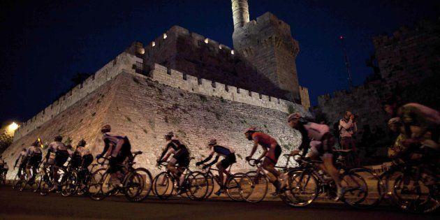 Il Giro d'Italia a Gerusalemme diventa un caso diplomatico. Poi la scomparsa del West e la conferma:...