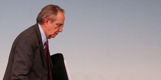 Ora è ufficiale: Padoan fuori dalla corsa per l'Eurogruppo, quattro i