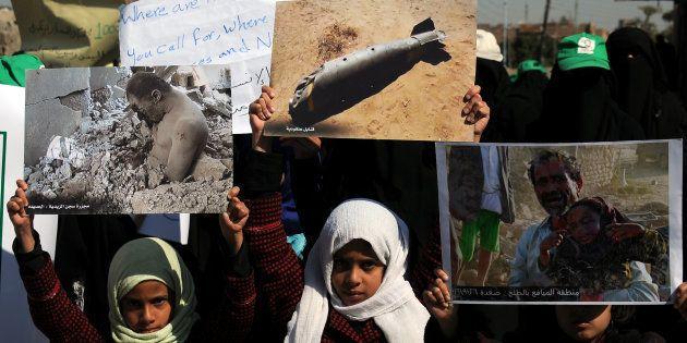 L'Italia esporta armi in tutto il mondo, con le bombe italiane le stragi dei civili in Yemen. E il governo...