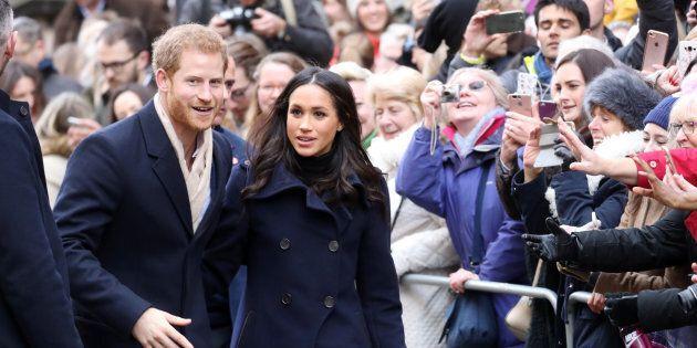 Nella loro prima uscita ufficiale, i neofidanzati Harry e Meghan incantano la