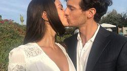 Aspettando Chiara Ferragni, l'ex fidanzato si sposa con la modella francese al tramonto di