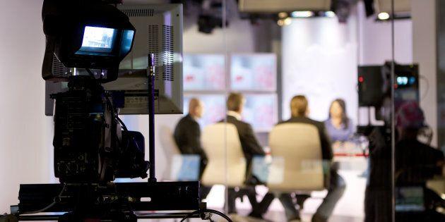 L'Agcom vara il regolamento sulla par condicio: dovrà essere applicata anche ai giornalisti-ospiti nelle...