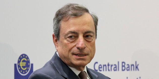 La Bce prepara il dopo Qe: il rialzo dei tassi si avvicina. I mercati reagiscono: euro ai massimi da...