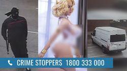 La polizia australiana cerca un uomo che ha sfondato la vetrina di un sexy shop per rubare una bambola gonfiabile di 5 mila