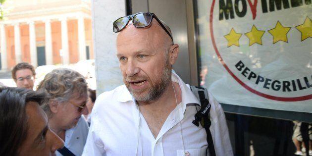 Il sindaco M5S di Livorno, Filippo Nogarin, indagato per concorso in omicidio colposo nell'inchiesta...
