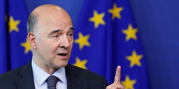 L'Ue indossa l'elmetto contro Lega e M5S. Moscovici attacca Di Maio e Fontana: