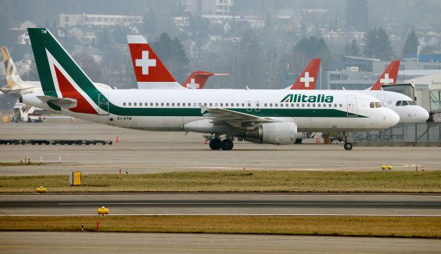 An Alitalia Airbus A320-216 aircraft is seen at Zurich Airport January 9, 2018. REUTERS/Arnd