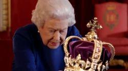 La Regina ha confessato di non riuscire a distinguere il fronte dal retro della sua