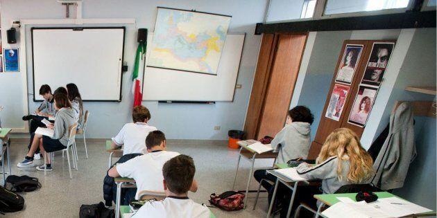Insegnante 53enne dell'Istituto Massimo abusava di una studentessa minorenne. Arrestato a