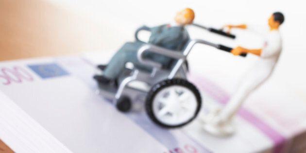 Sulle pensioni d'invalidità, anziani e disabili sono due cose