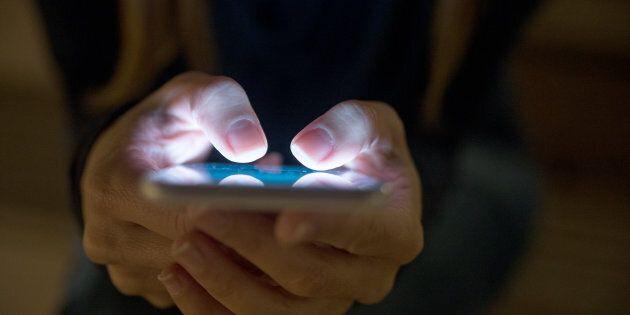 Annuncia il suicidio mandando un sms alla madre: un ragazzo di quindici anni trovato senza vita sui Colli