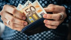 Stop agli stipendi in contanti. La Commissione Lavoro della Camera approva la proposta del