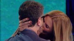 Filippa spiazza tutti e sorprende Fazio con una bacio