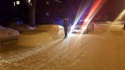 Canadese realizza un'auto di neve in una zona vietata e la polizia lo