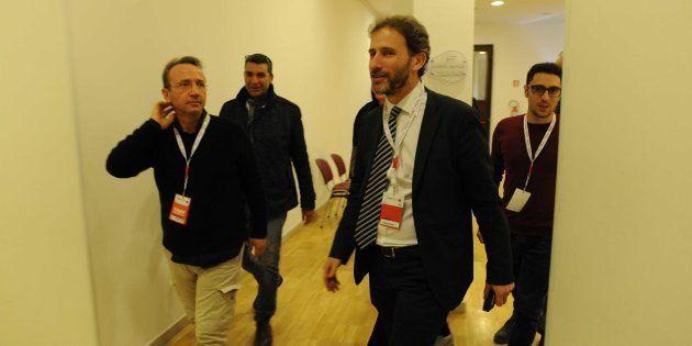 Davide Casaleggio durante la sua visita al Villaggio Rousseau di Pescara, 19 gennaio 2018. Il figlio...