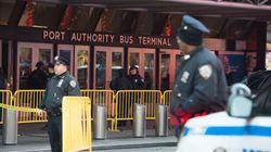 ATTACCO NON RIUSCITO - Esplosione a Port Authority a New York. Ferito l'attentatore, aveva un