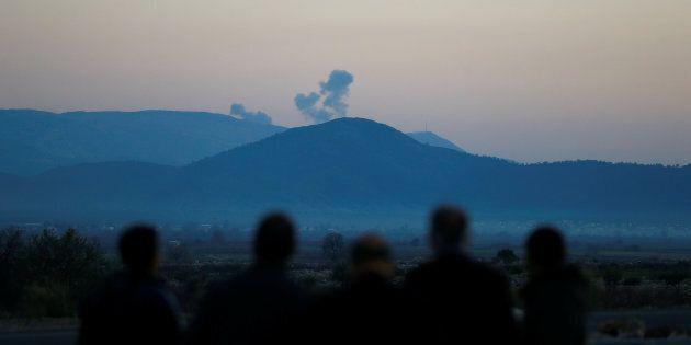 Siria, caccia turchi bombardano nell'enclave curda di Afrin. Erdogan: