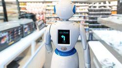 È stato licenziato il primo robot della storia.