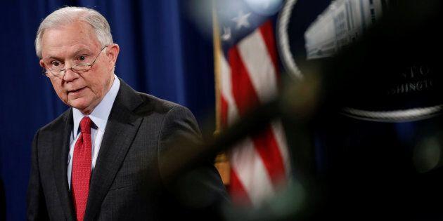 Il Russiagate tocca il governo americano, interrogato il ministro della Giustizia Jeff
