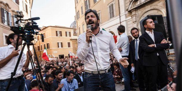 Fico contro Siani a Napoli. La carica dei big M5s nei collegi uninominali. Anche Di Maio in
