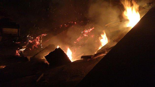 Un incendio � divampato alla Sacra di San Michele, antica abbazia monumento simbolo della Regione Piemonte...