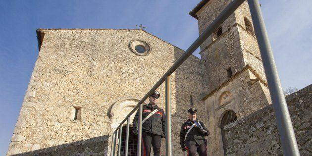 La chiesa di San Tommaso a Roccasecca, in provincia di Frosinone. L'agente della polizia penitenziaria...