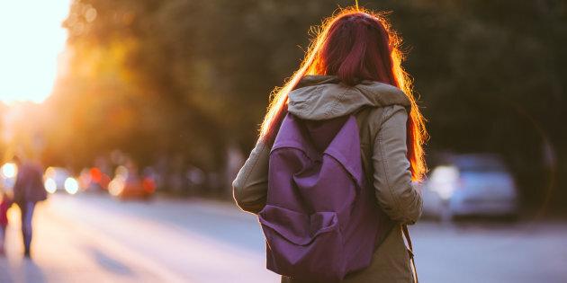 Come trovare una ragazza per collegare con al liceo