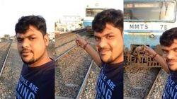 Colpito da un treno mentre cercava di scattare il selfie