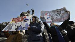 Blitz della polizia russa: fermato Navalny, oppositore di Putin, nel giorno della manifestazione