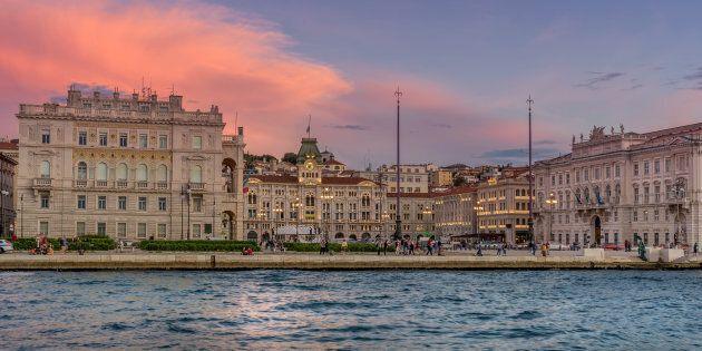 Piazza Unita d'Italia, la piazza più conosciuta di Trieste, vista dal