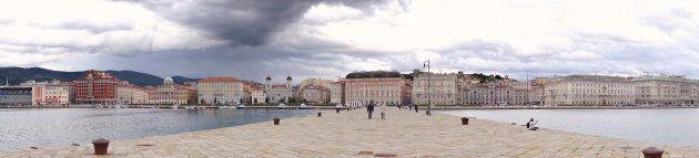 Panoramica della città dal molo