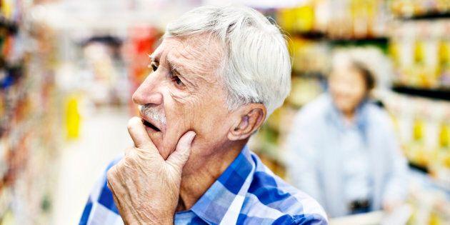 A maggio crolla la fiducia dei consumatori. Famiglie preoccupate dalla situazione economica del