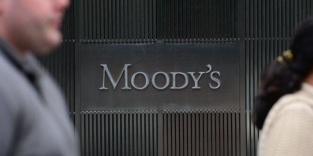 Moody's avverte:
