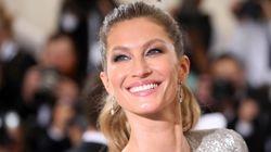Gisele Bündchen fa la storia: senza trucco sulla copertina di Vogue