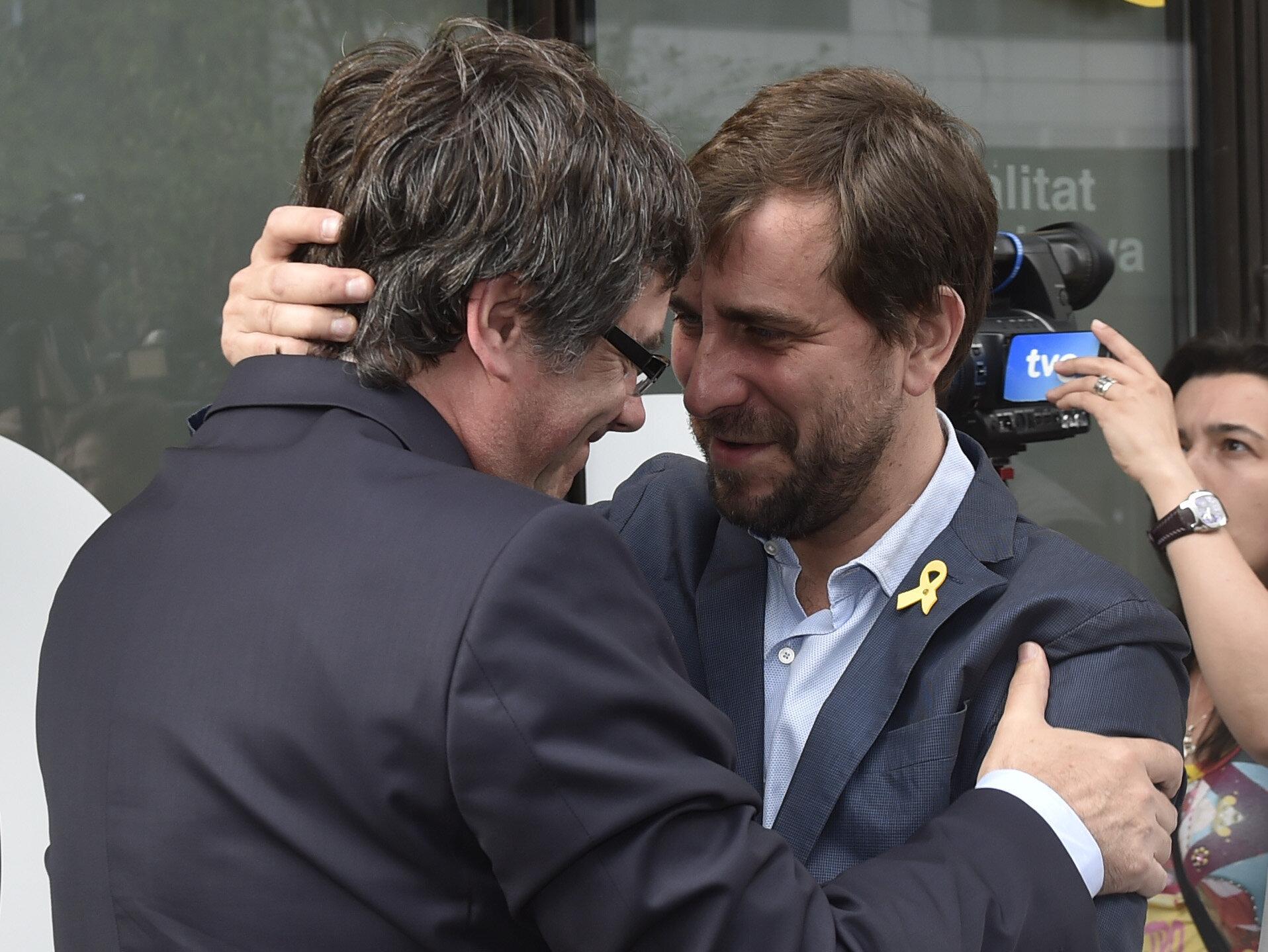 PP y Cs recurren ante la Junta Electoral Central la candidatura de Puigdemont a las