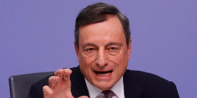 La linea della Bce non cambia. Mario Draghi respinge il pressing di Deutsche Bank:
